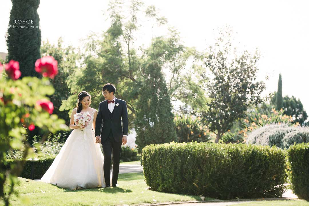 Bride and groom learned how to plan a wedding step by step - Call: 626-560-2537